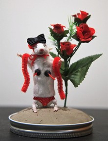 taxidermy-rat-photo-u1