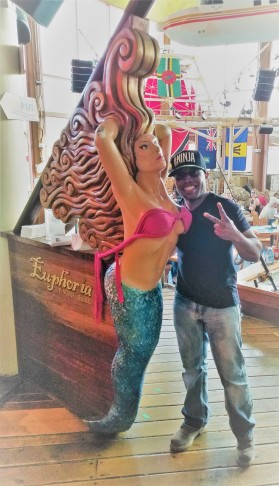 mermaid fat darrell
